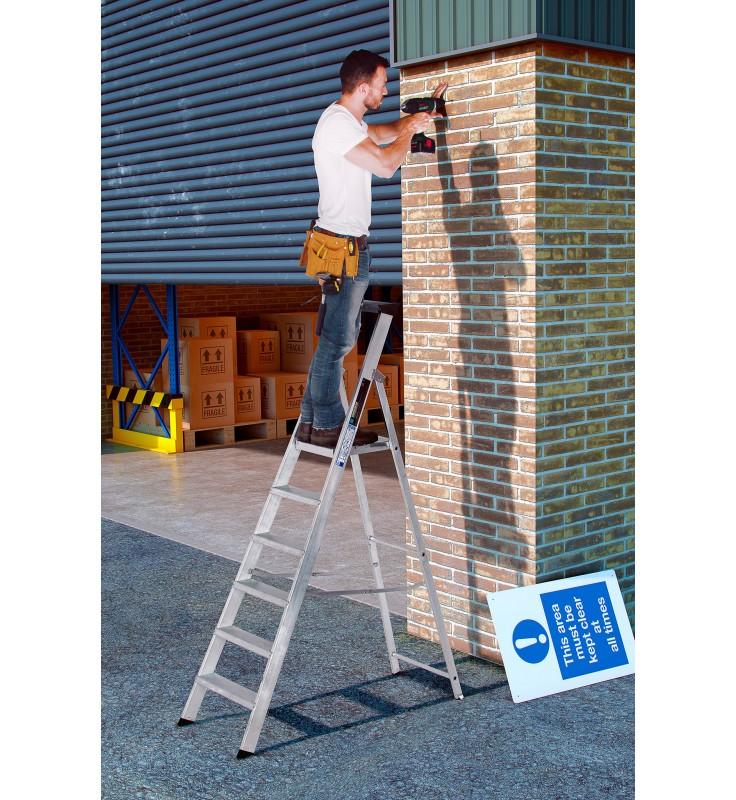 Youngman Heavy Duty Platform Steps CL1